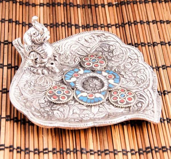 Glückselefant auf Herzblatt - Räucherstäbchenhalter